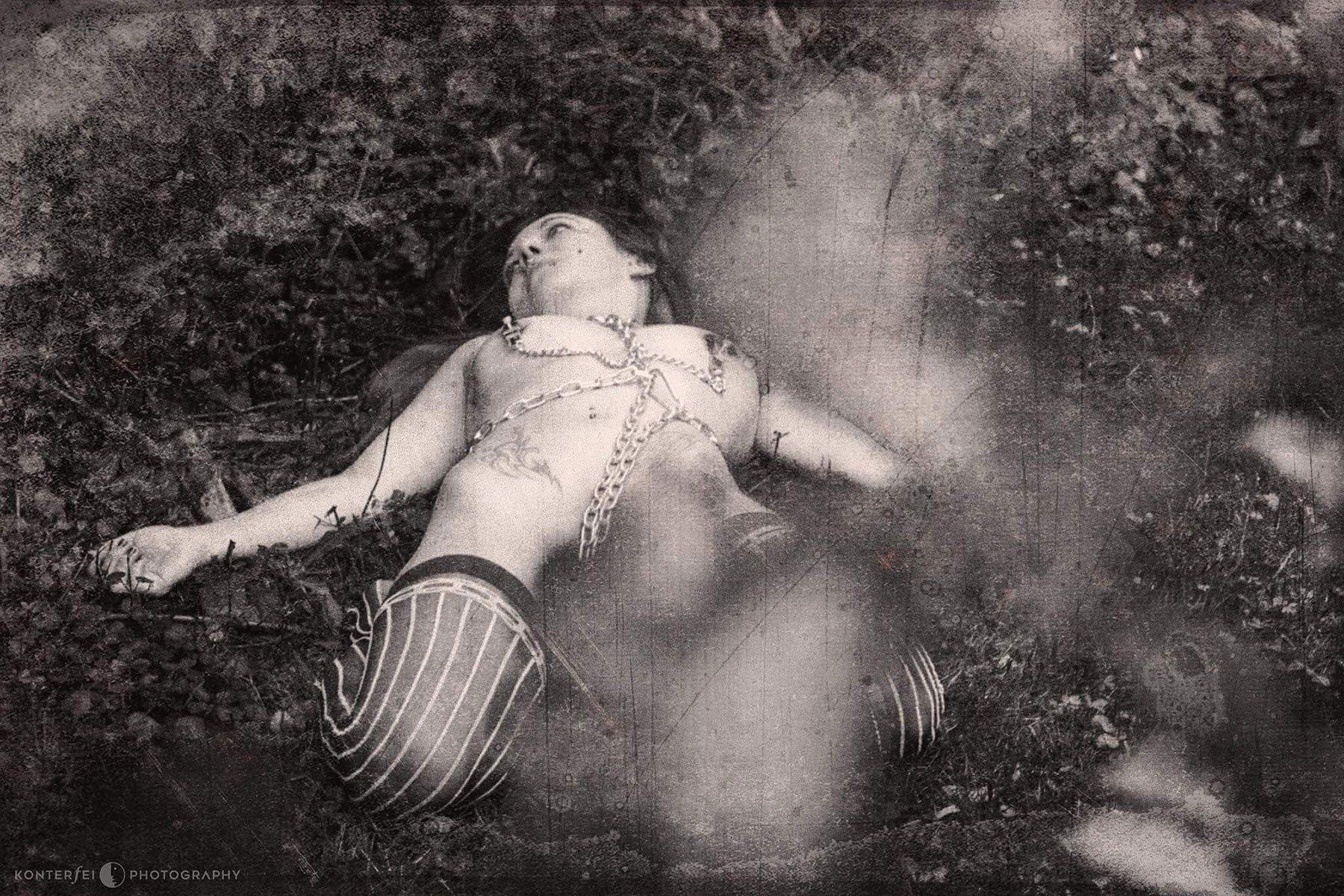 Disposed | Dark Art | Photography