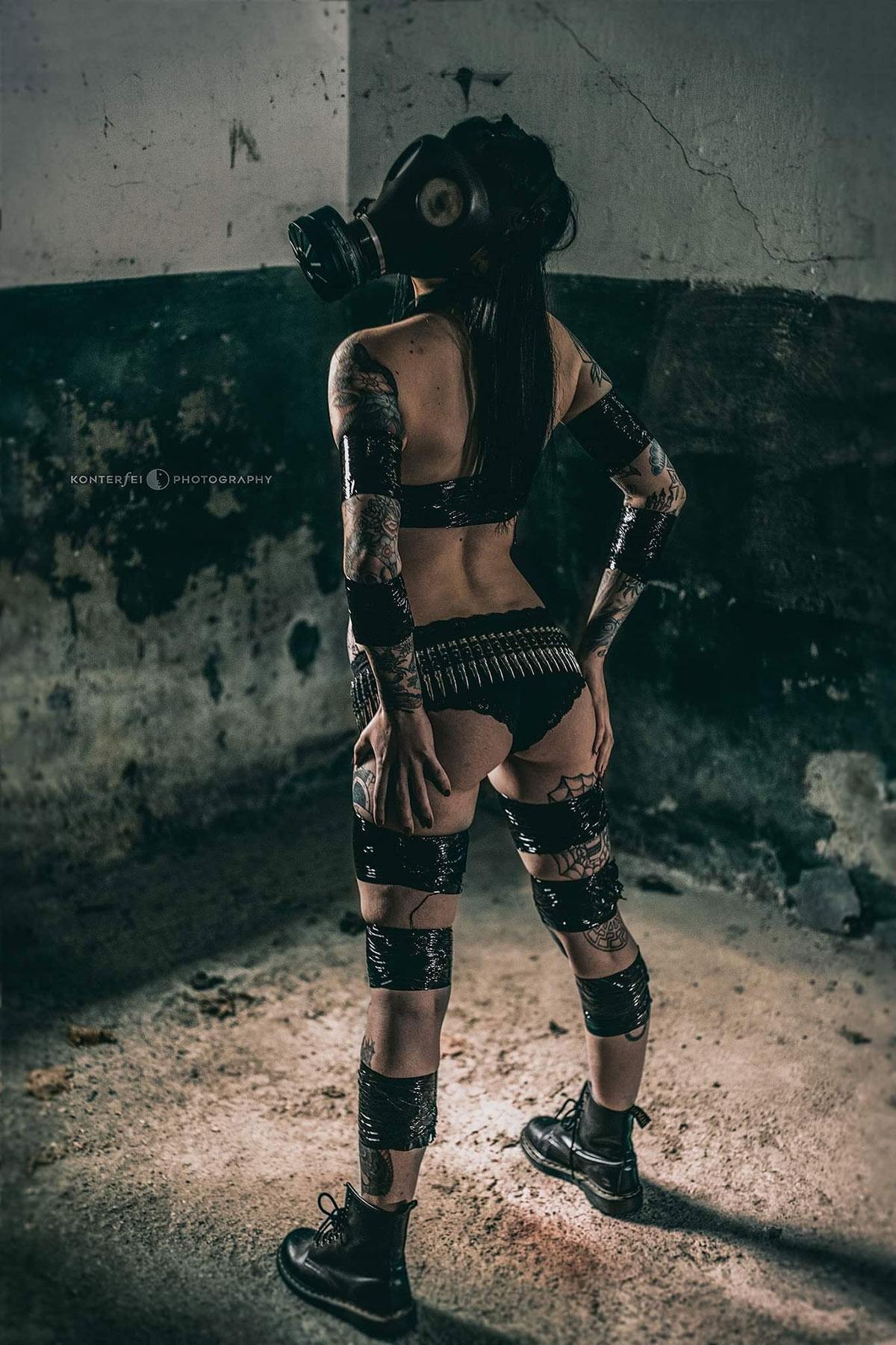 Toxic but still sexy | Fetish | Photography