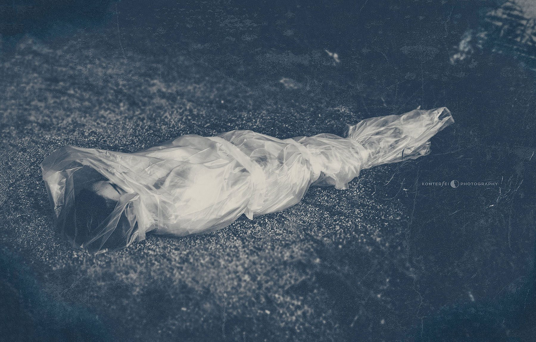 She's dead — wrapped in plastic | Dark Art | Photography
