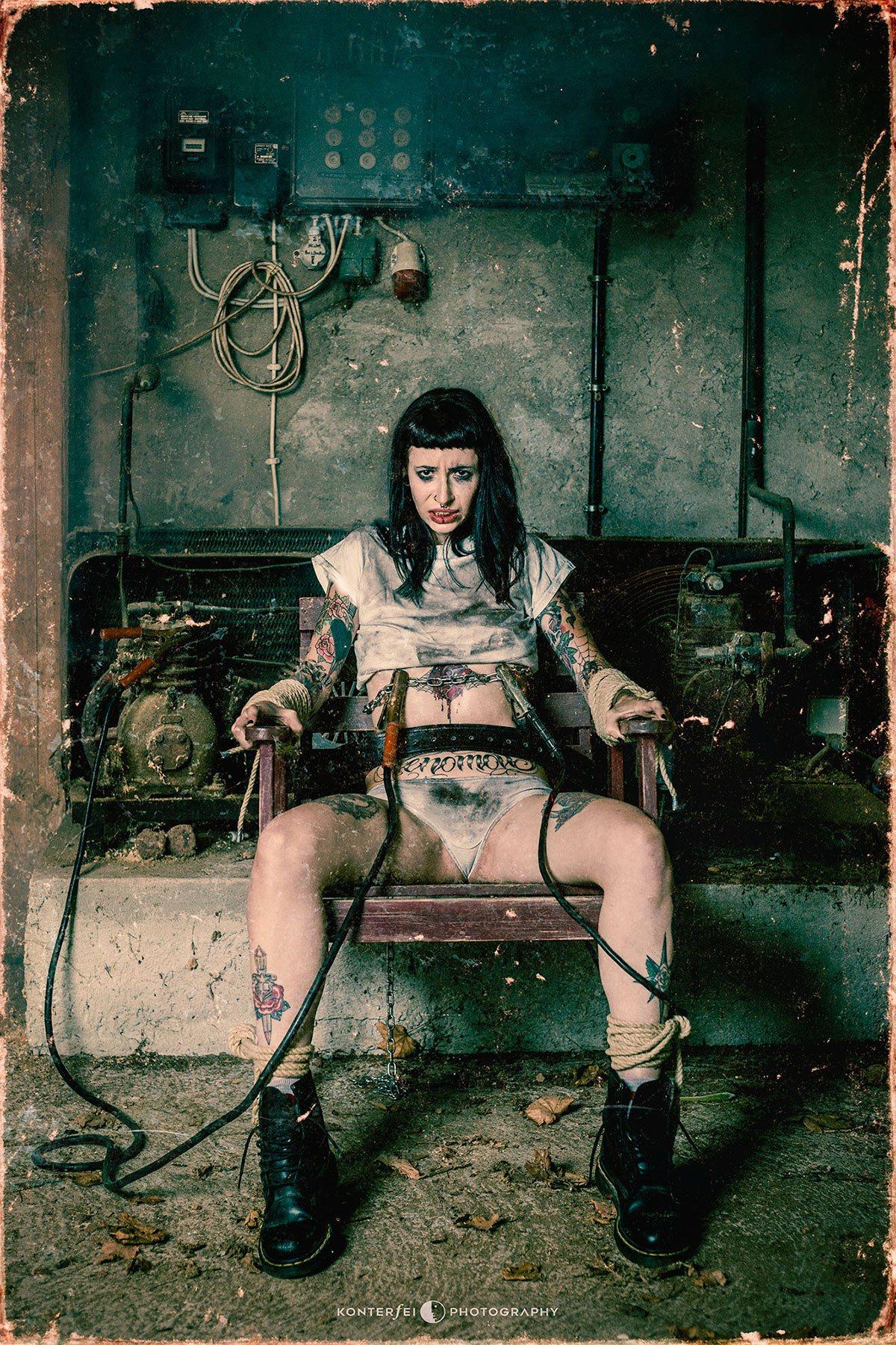 Shock Therapy | Dark Art | Photography