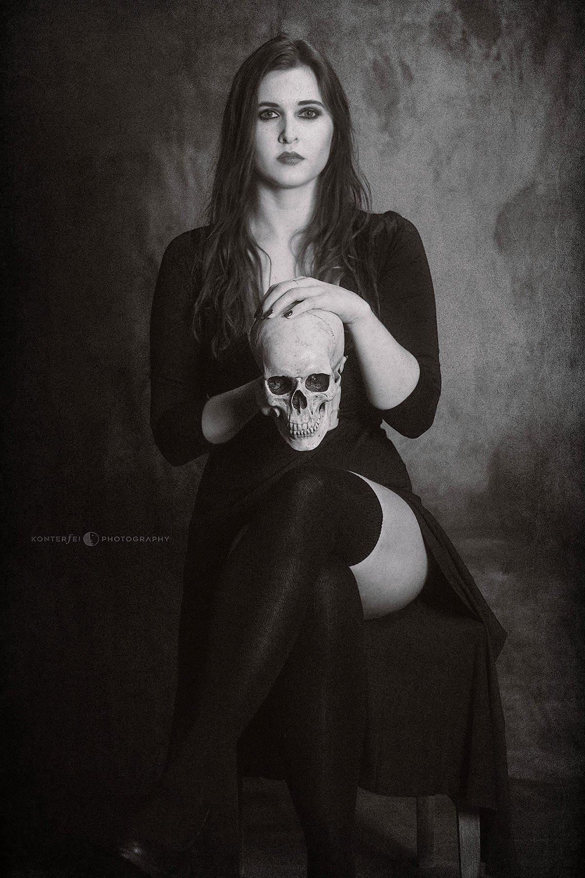 Evanescence | Dark Beauty | Photography