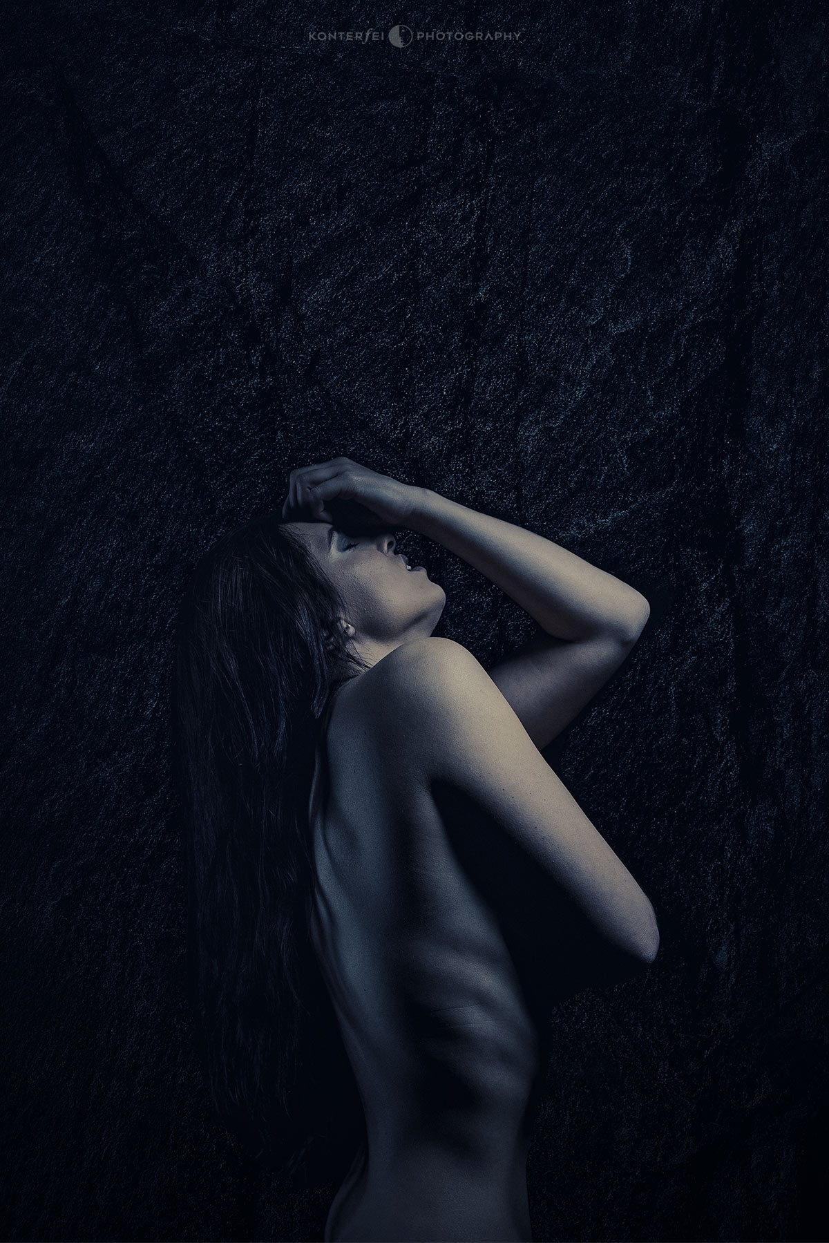 Sorrow in Disguise   Akt & Boudoir   Photography
